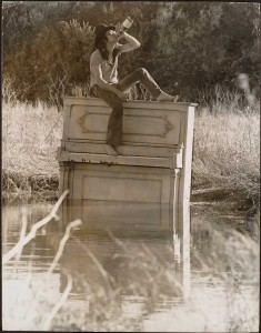 Piano Drowning (1972 - Amarillo, Texas)