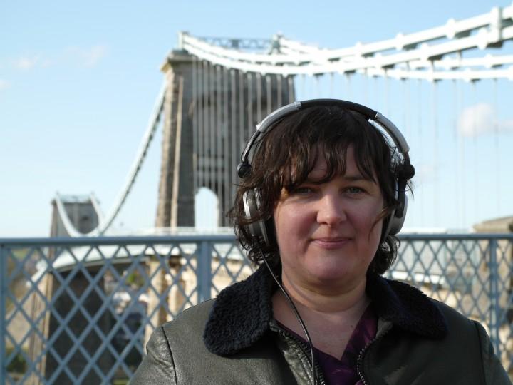 Jodi Rose ar raglen gelfyddydau Radio Wales … a mwy.