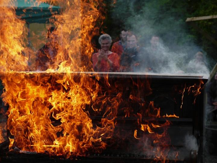 Piano Burning film